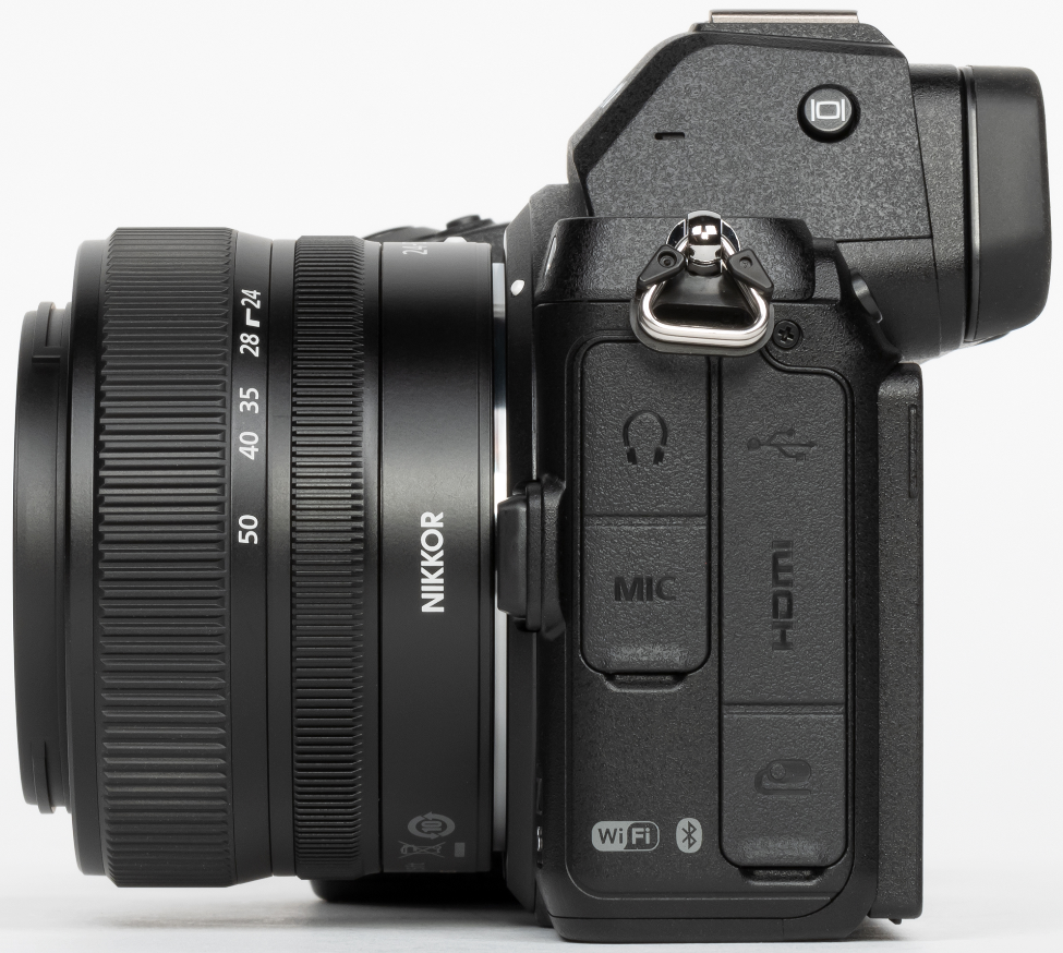 Complete Review of Nikon Z5: Right View