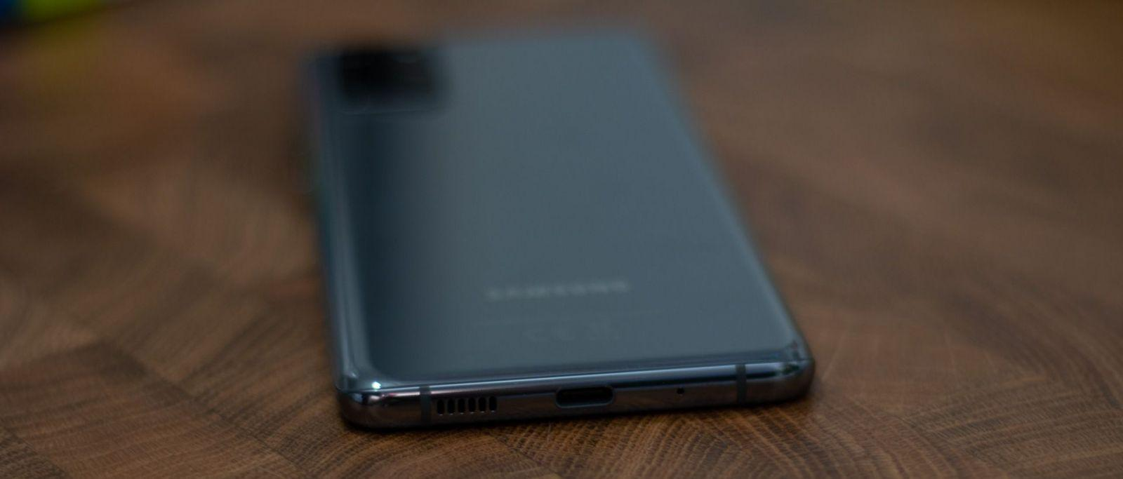 Premium without flaws. Review of the Samsung Galaxy S20 + Premium smartphone without flaws. Samsung Galaxy S20 + smartphone review