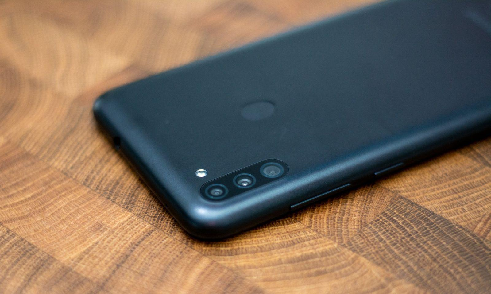 Samsung Galaxy M11 review.  People's smartphone