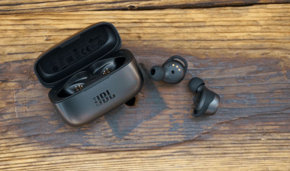 JBL Live 300 TWS Review