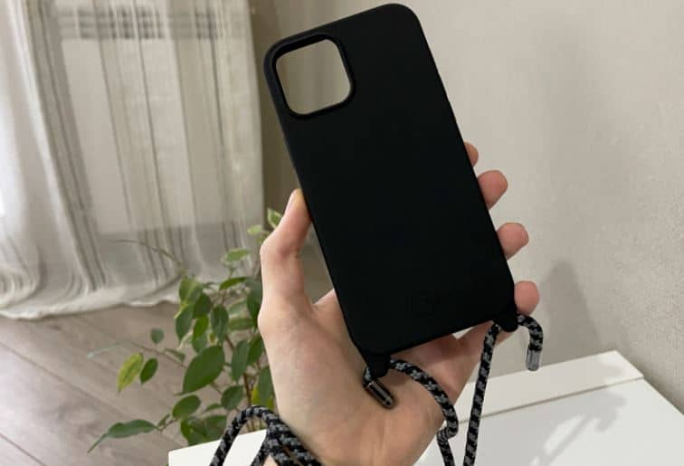 SwitchEasy Case Review: Case for iPhone 12 Pro Max