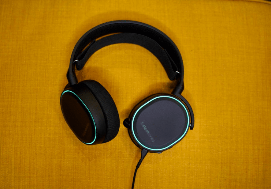 SteelSeries Arctis 5 Gaming Headset Review: Colors