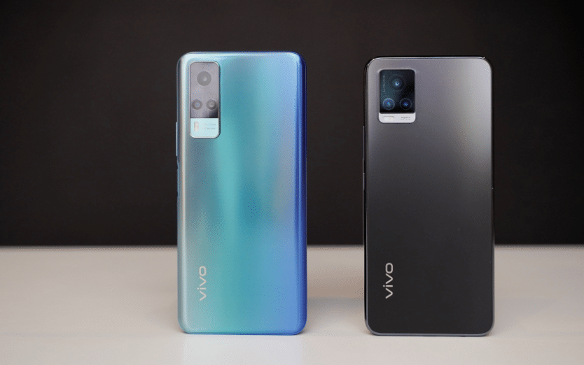 On the left is Vivo Y31, and on the right is Vivo V20.