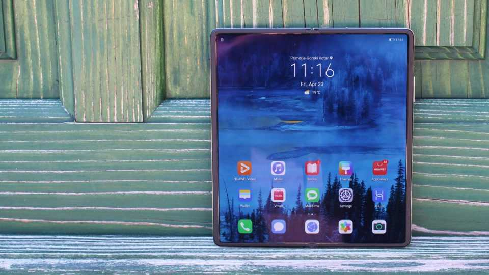 The most interesting smartphones of the first half of 2021 (huaweis mate x2 is a gorgeous foldable phone most people sho 26w5.960)