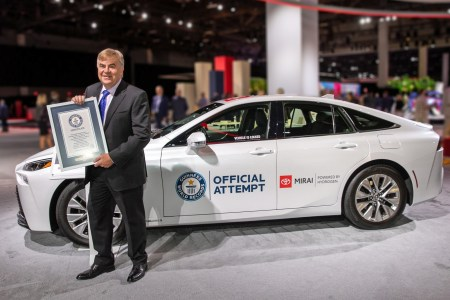Toyota Mirai hydrogen car sets a Guinness record by driving 1360 km from a single filling of 5.65 kg of hydrogen